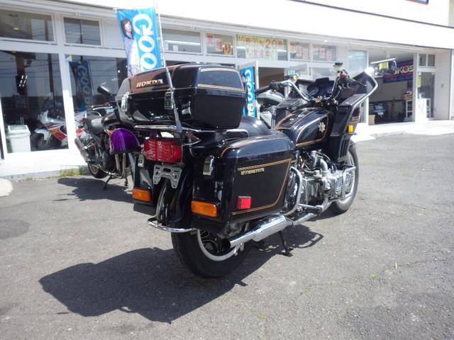 ホンダ ゴールドウイング GL1100の画像(茨城県