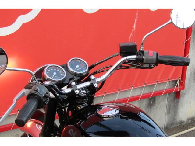 カワサキ W400 社外マフラー シート張替え済みの画像(群馬県