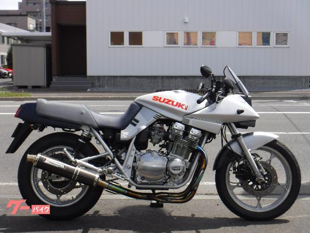 GSX1100S KATANA 240Km/Hメーター 社外アルミタンク ヨシムラサイクロンフルエキ クアンタムリアサス
