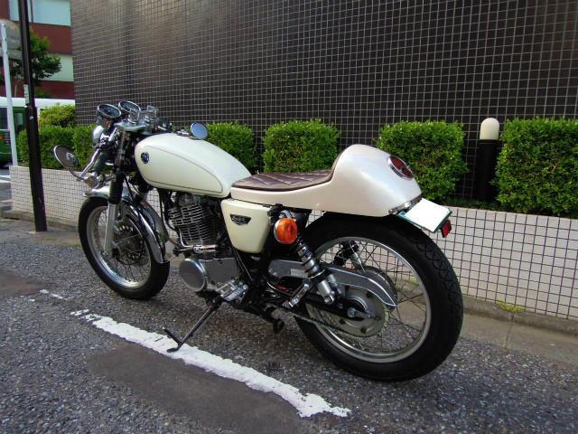 ヤマハ SR400  2014モデル カスタムの画像(東京都
