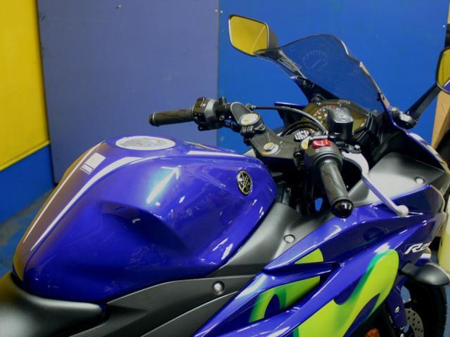 ヤマハ YZF-R25 Movistar MotoGP Editionの画像(千葉県