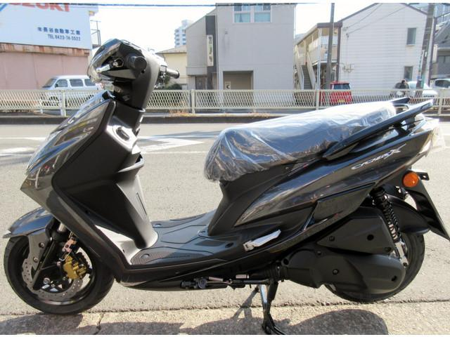 ヤマハ シグナスX SR 最新モデル SED8Jモデル リアディスクモデルの画像(東京都