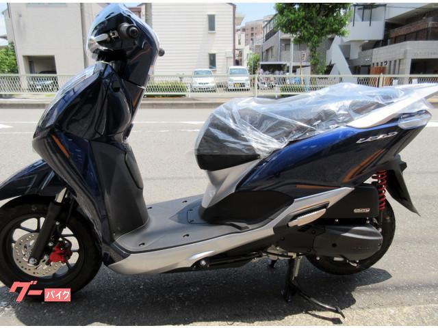 ホンダ リード125 最新モデル LEDライトモデル ツートンカラーモデルの画像(東京都
