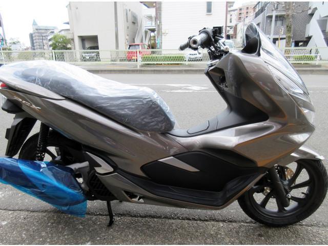 ホンダ PCX 最新モデル スマートキーモデルの画像(東京都