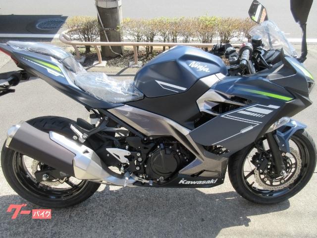Ninja 400最新モデル