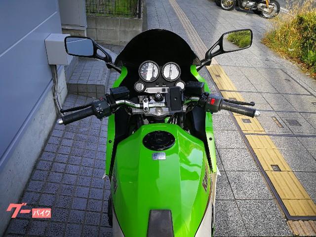 カワサキ GPZ900Rの画像(神奈川県