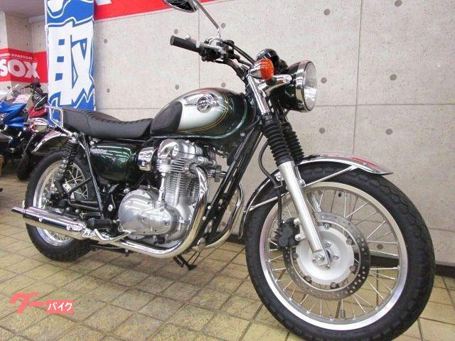 カワサキ W800 リアキャリア装備の画像(東京都