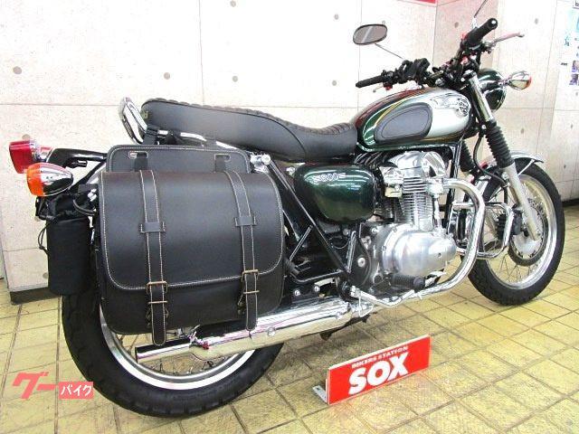 カワサキ W800 エンジンバンパー サドルバック装備の画像(東京都