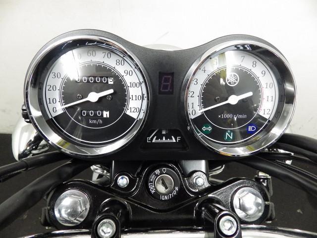 ヤマハ YB125SP 本国仕様 ホワイトの画像(千葉県