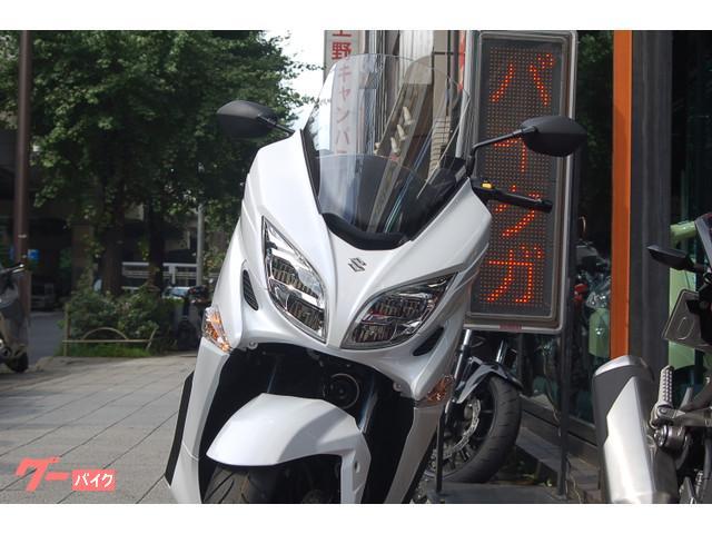 スズキ バーグマン400 最新型の画像(東京都