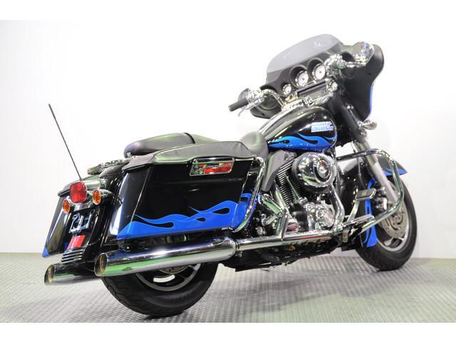HARLEY-DAVIDSON FLHX ストリートグライド グーバイク鑑定車 サドルバッグリッドブラ装備の画像(神奈川県