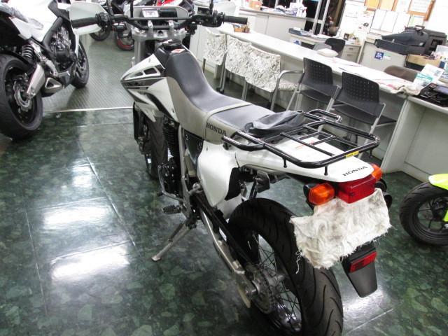 ホンダ XR400 モタードの画像(埼玉県