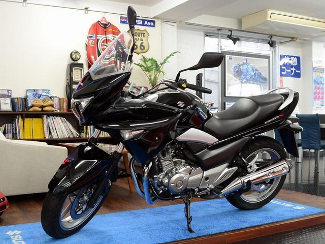 スズキ GSR250S モデルイヤー2014年式の画像(東京都