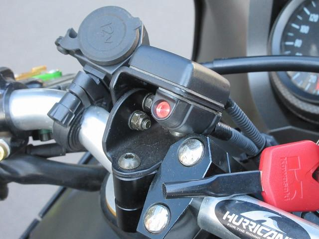 カワサキ Ninja ZX-12RB 後期モデルの画像(東京都