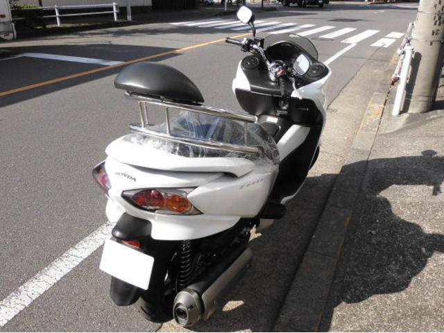 ホンダ フォルツァ・Zの画像(東京都