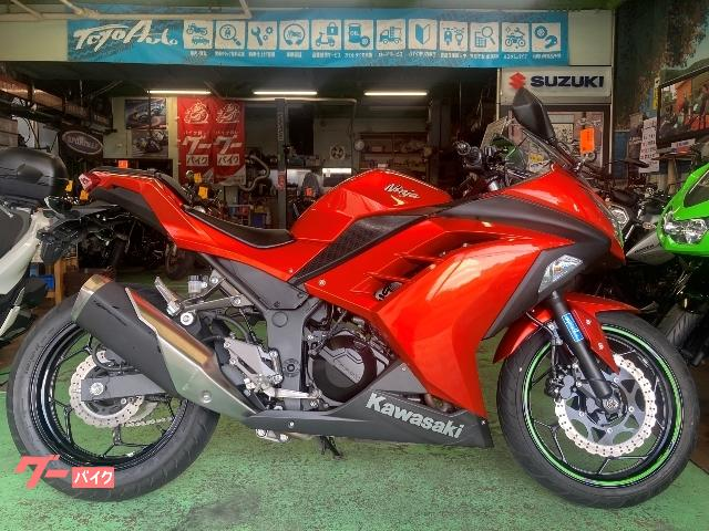 Ninja 250 2015モデル バッテリー新品 ヘルメットホルダー付