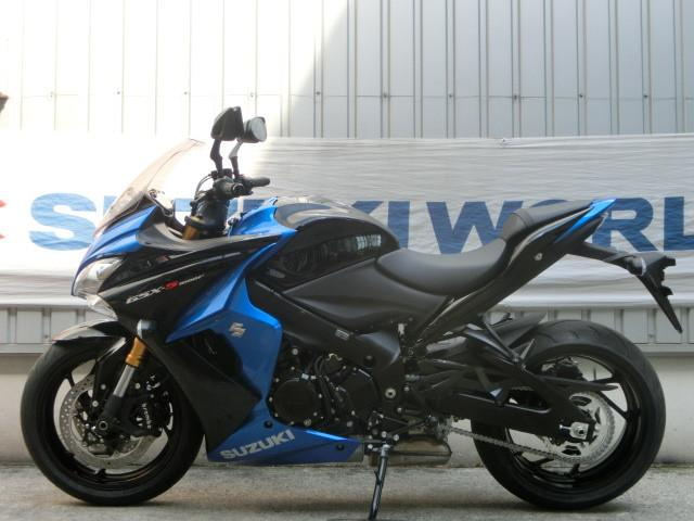 スズキ GSX-S1000F 2017年モデル ブラック・ブルー スリッパークラッチ搭載の画像(千葉県