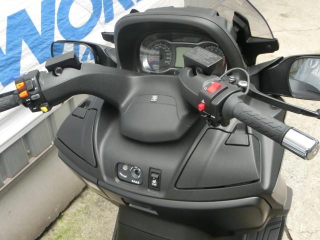 スズキ スカイウェイブ650LX マットブラックメタリック 2018年モデルの画像(千葉県