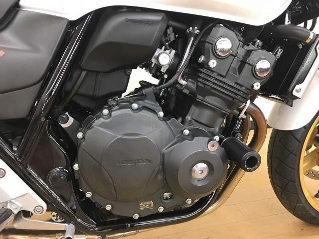 ホンダ CB400Super Four VTEC Revo エンジンスライダーの画像(神奈川県