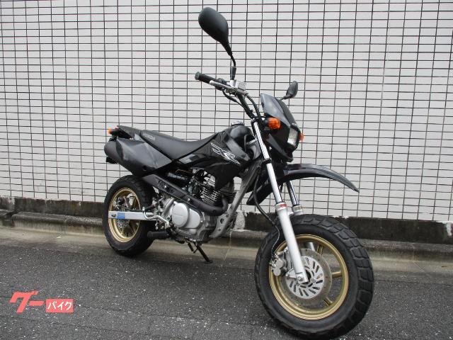 XR50 モタード AD14
