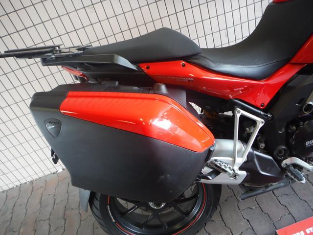 DUCATI ムルティストラーダ1200S スポーツエディション サイドパニア付属の画像(東京都
