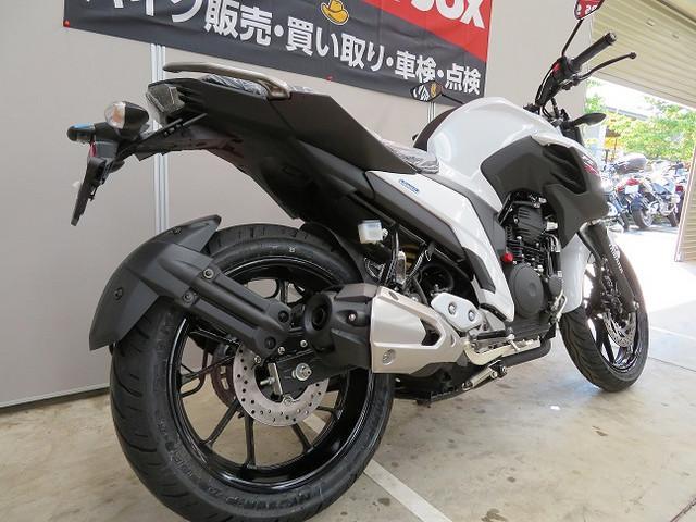 ヤマハ FZ25の画像(東京都