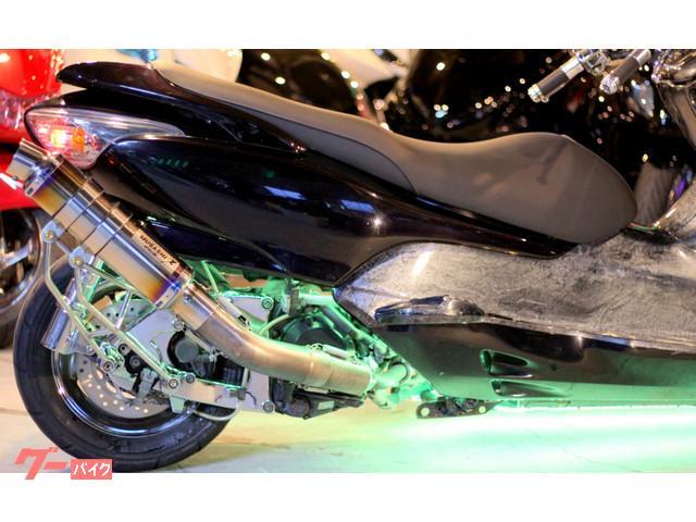 ホンダ フォルツァ・ZロンホイET製カーボンチョップフェイス七色RGBLEDフルカスタムの画像(埼玉県