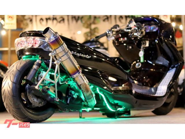 マジェスティCマッドスピード製エアサス40ワンオフロンホイ七色LED強力ストロボ前後ブレンボHIDガトリングライト