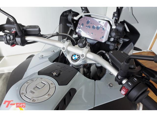 BMW R1250GS Adventure アルミヘアライン仕上げフューエルタンク仕様の画像(北海道
