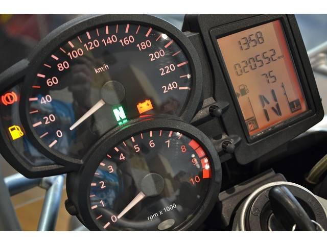 BMW R1200R ABS 純正フルパニア仕様の画像(兵庫県
