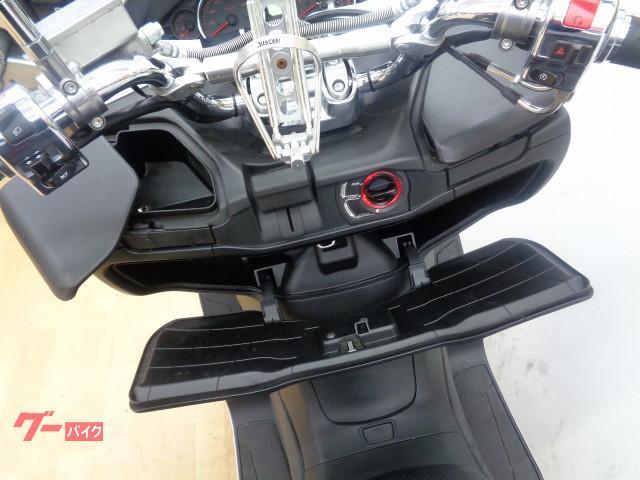 スズキ スカイウェイブ250 SS  2012年モデル ワンオーナ- ドリンクホルダーの画像(兵庫県