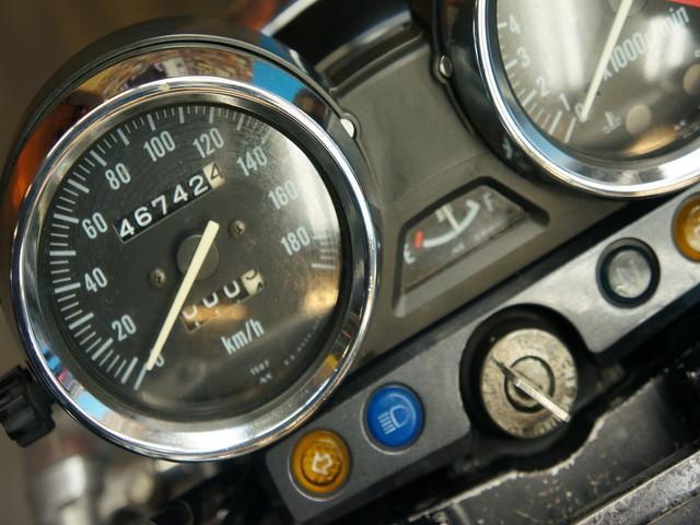 カワサキ ZRX400-II 社外マフラー パワーフィルター 社外ウインカーの画像(東京都
