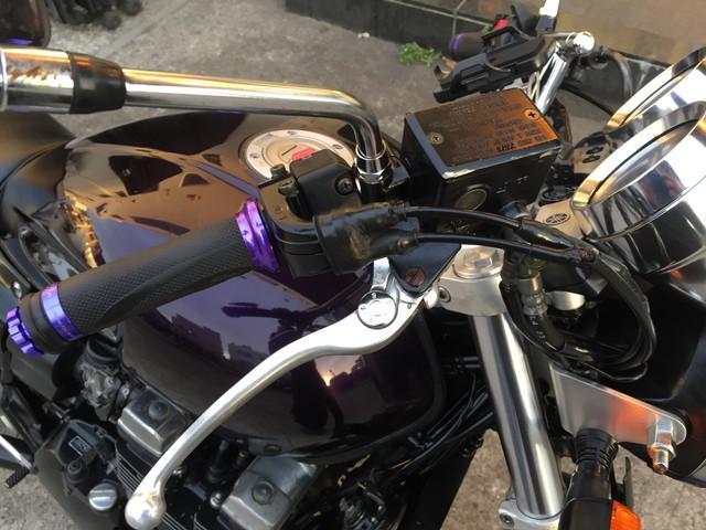 ヤマハ XJR400R ハンドル・ステップ・リアサスペンション交換の画像(東京都
