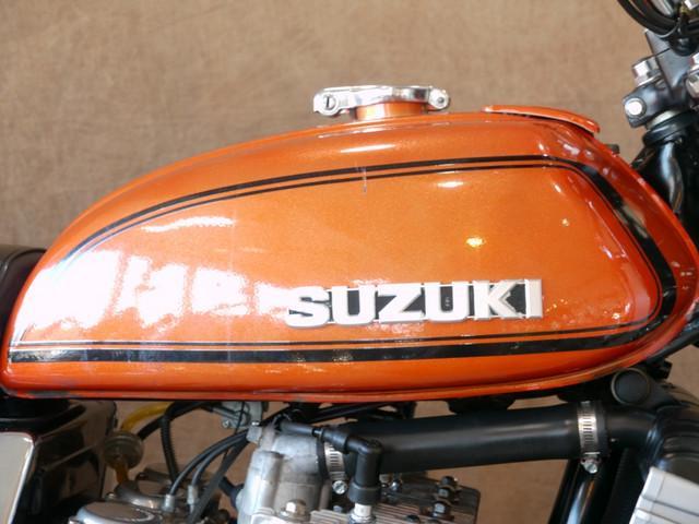 スズキ GT750 B3型純正フレークオレンジの画像(東京都