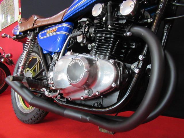 ブラックエンジン塗装をし外装をより際立たせる仕様!