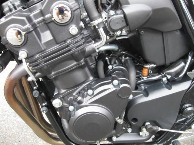 ホンダ CB400Super Four VTEC Revoの画像(新潟県