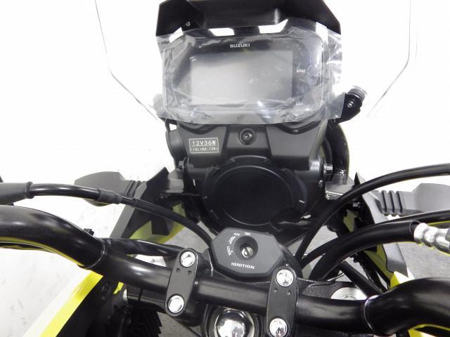 スズキ V-ストローム250 国内現行モデル イエローの画像(千葉県