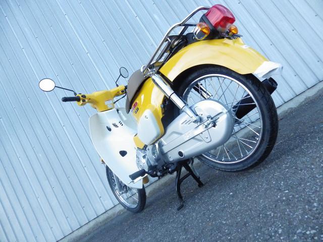 ホンダ スーパーカブ50 国内最新モデル イエローの画像(千葉県
