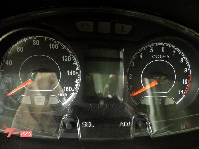 スズキ バーグマン200 国内L8モデル マットプラチナムシルバーの画像(千葉県