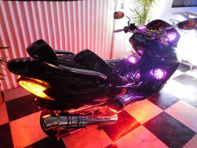 ホンダ フォルツァ・Z 10 LED4スピーカー レインボーLEDカスタムの画像(埼玉県