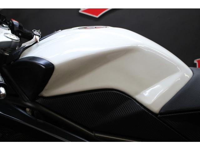 Megelli 250r ヤマモトレーシングマフラー 社外セパハン 社外ミラーの画像(千葉県
