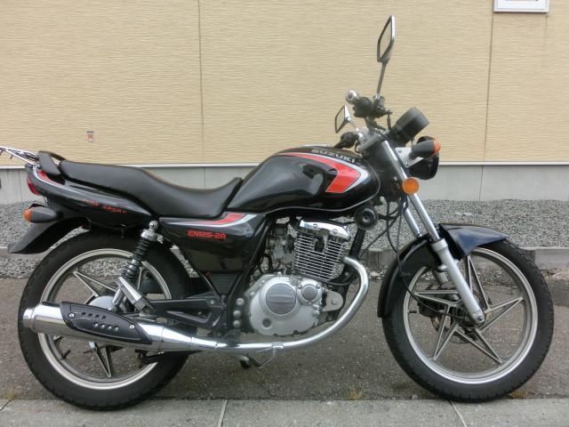 スズキ EN125 リアタイヤ新品の画像(北海道