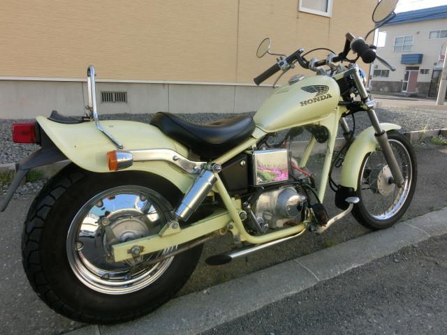 ホンダ JAZZ スラッシュカットマフラー タイヤ前後新品 バッテリー新品の画像(北海道