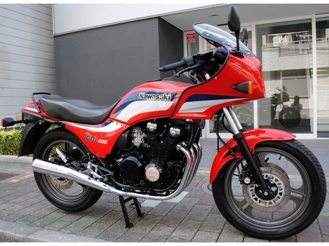 カワサキ GPZ400・社外ステップ付きの画像(東京都