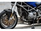 DUCATI モンスター1000S ie・オーリンズ・カーボンパーツ・削り出しステップの画像(東京都
