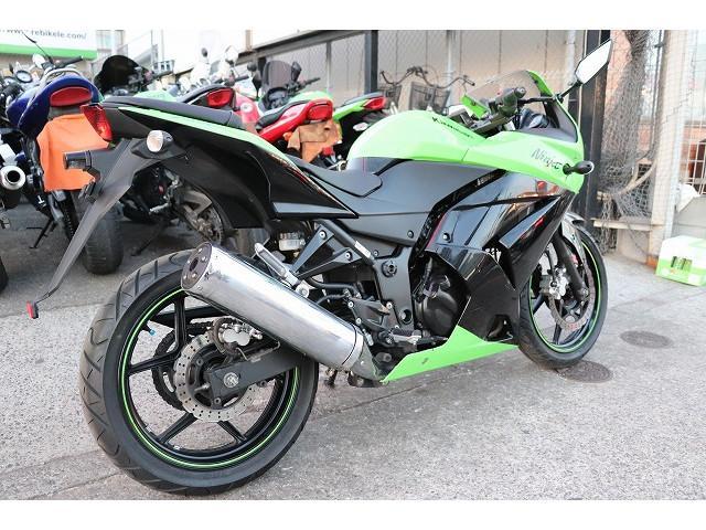 カワサキ Ninja 250R EX250K ノーマル グーバイク鑑定車両の画像(東京都