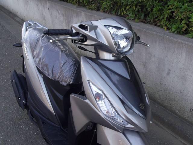 スズキ アドレス110 新車 シルバー SEPエンジンの画像(東京都