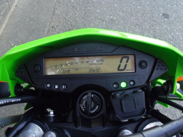 カワサキ Dトラッカー125 リアキャリア USB電源付きの画像(東京都