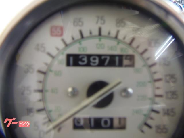 ヤマハ VMAX 4本出しマフラー 1998年モデル 逆輸入車の画像(埼玉県