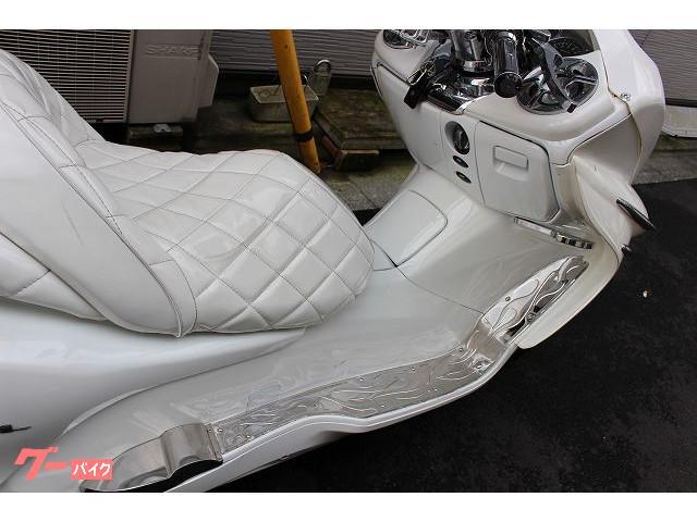 ホンダ フォルツァ・Z 新品バッテリー 新品タイヤ付きの画像(東京都